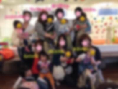 東京都池袋のキッズカフェにて交流会を行った写真